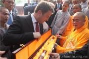 Ο Πρωθυπουργός του Λουξεμβούργου στο Σαολίν